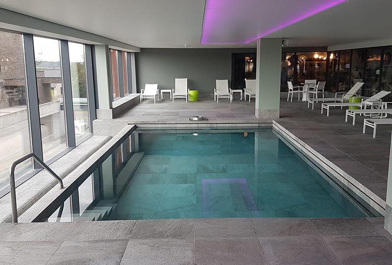 piscine naturelle hôtel