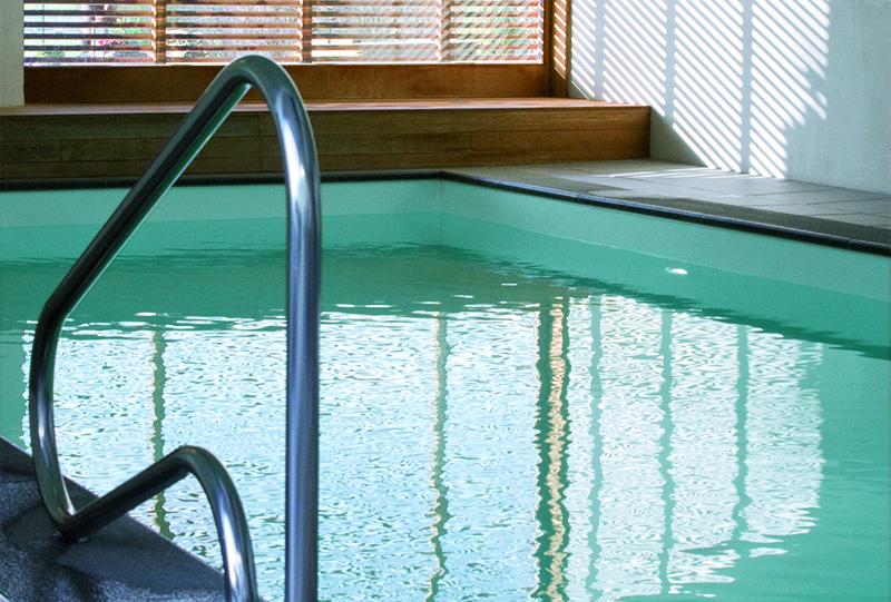 Réalisation d'une piscine naturelle chauffée